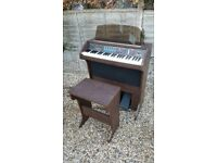 Lowrey Easy Start Organ