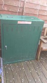 Calor gas 2 bottle gas cabinet