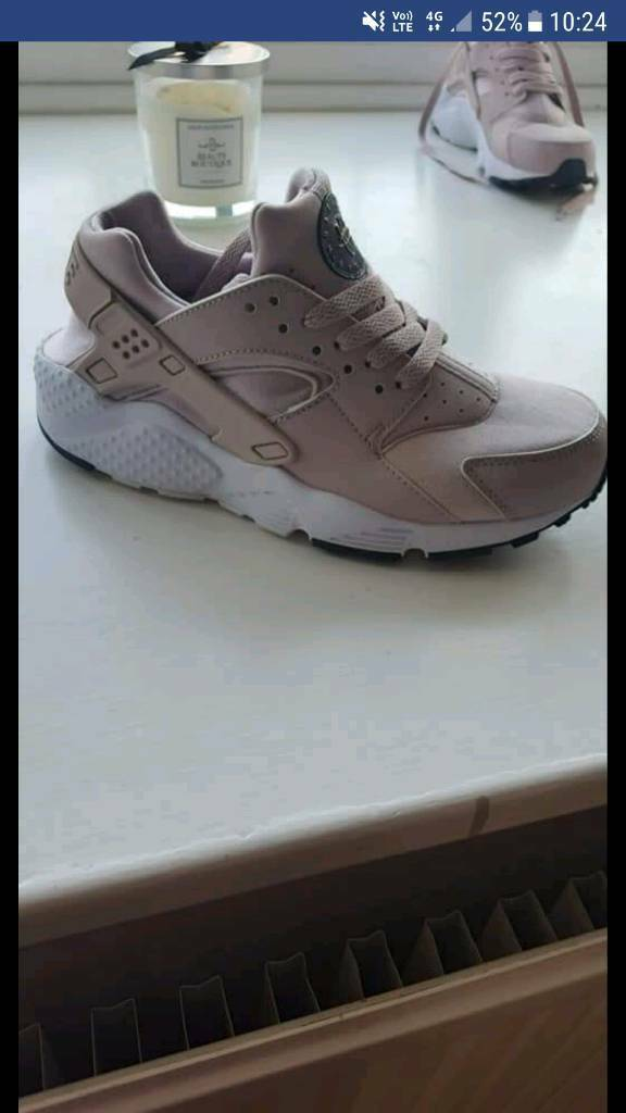 new concept 09771 fed3b Nike huarache junior trainers size 5 | in Willerby, East Yorkshire | Gumtree
