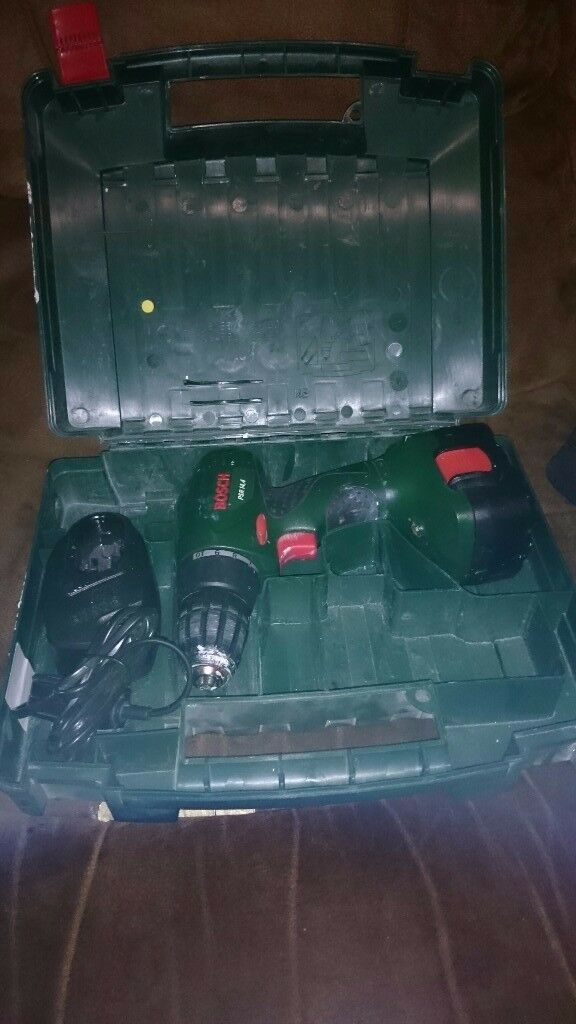 bosch cordless drill 14.4v built in work light case battery and charger in excellent cond £25 ono
