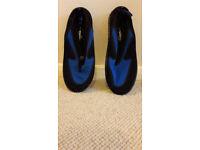 Wet Shoes_Size Adult 8