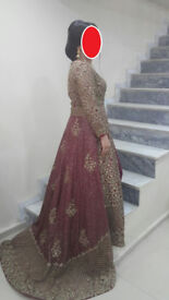 Indian / Pakistani Wedding Dress Golden and Red