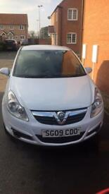 White Vauxhall corsa 1.2 2009 , VERY LOW MILAGE 60k!!