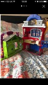 Spider man play house.
