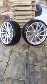 2 x 19 direntional 5x112 alloy wheels