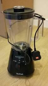 Tefal Blendforce 400w blender