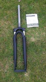 Sr suntour lock out Suspension bike forks brand new tension adjust for disc brakes 1 1/8th