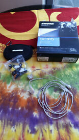 In-ear Headphones Shure SE315-CL, never used.