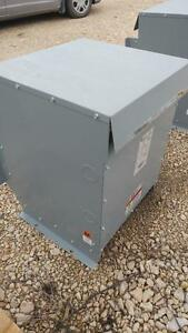 HPS (Hammond Power System) Transformer 45 KVA 600-208Y/120 Volts