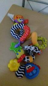 Pushchair / carseat toys