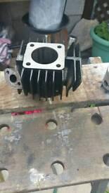 Suzuki lt barrel piston cylinder head