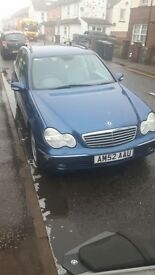 Mercedes benz automatic in blue only done 151000 miles
