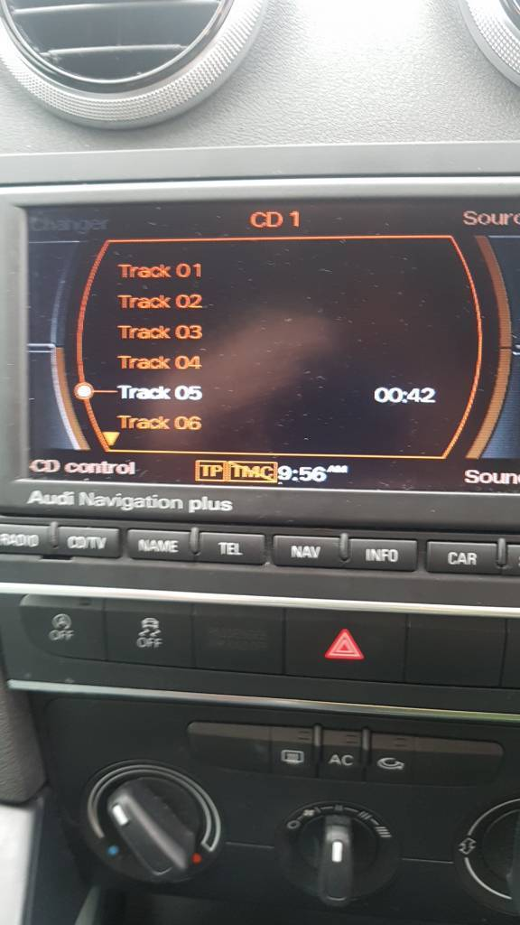 Audi rns-e with DVD player and 2 SD slots