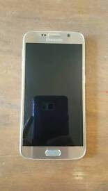 Samsung s6 unlocked 32gb in gold good condition