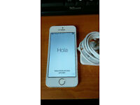 Apple iPhone 5S. Sim Free. Silver.