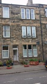 First floor Large 2 bedroom flat for rent in Dunblane. Gas central heating throughout,
