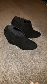 New look wedge shoes size 5