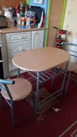 Kicthen table and chairs