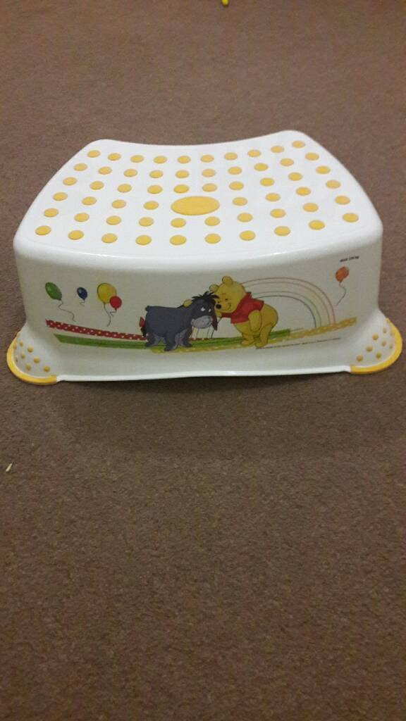 Winning the Pooh set of stool, small toilet seat and a potty