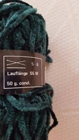 Chenille Chunky Green Yarn - 50g