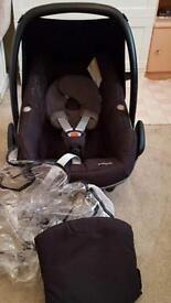 Maxi cosi pebble car seat and base