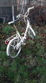 Ladies or men fold up bike vgc gwo 3 speed ride away super buy