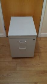 2 drawers bedside table/ chest