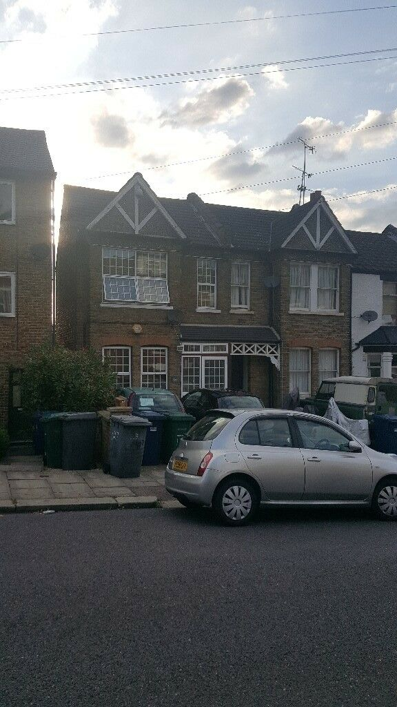 4 Bedroom House to Rent in Muswell Hill