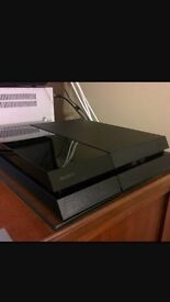 PlayStation 4 (SOLD)
