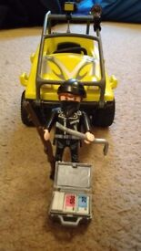Playmobil Police Robber's Amphibious Vehicle