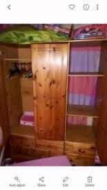 wadrobe 3 door 5 drawer good condition
