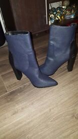 New dorothy perkins Boots/shoes for sale