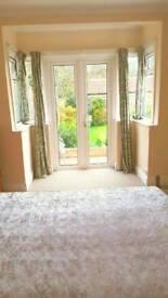DOUBLE ROOM TWICKENHAM £600 INC ALL BILLS & HIGH SPEED INTERNET