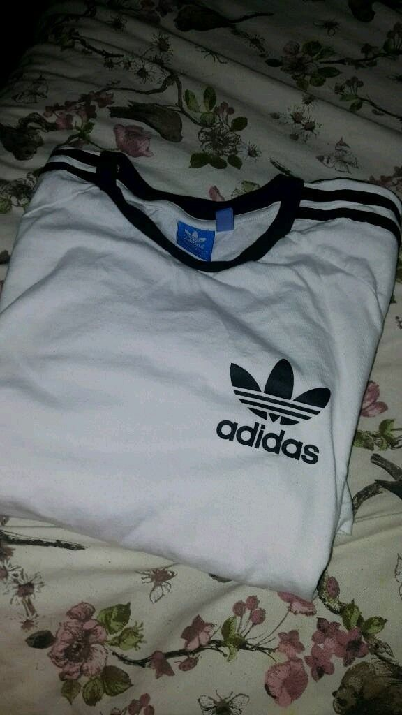White men's adidas California originals t-shirt large. Genuine worn once can post at cost.