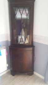 2 lovely cabinets great project for shabby chicks need gone 15 the pair