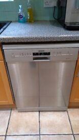 Siemens Freestanding Dishwasher.