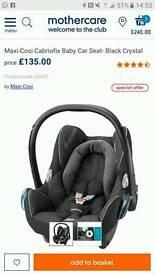 Maxi Cosi Cabriofix black crystal baby car seat