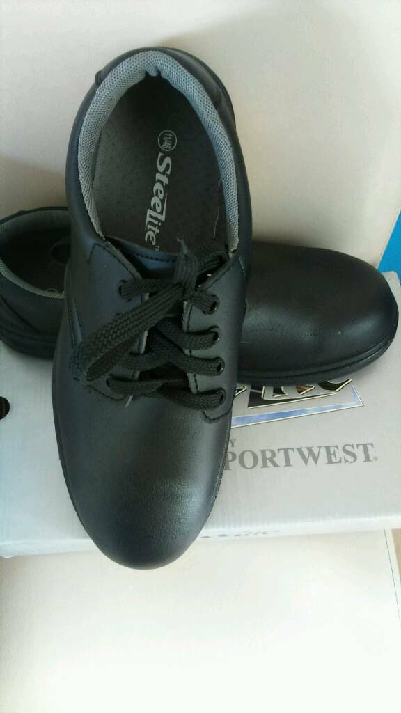 Safety shoes new 11 size