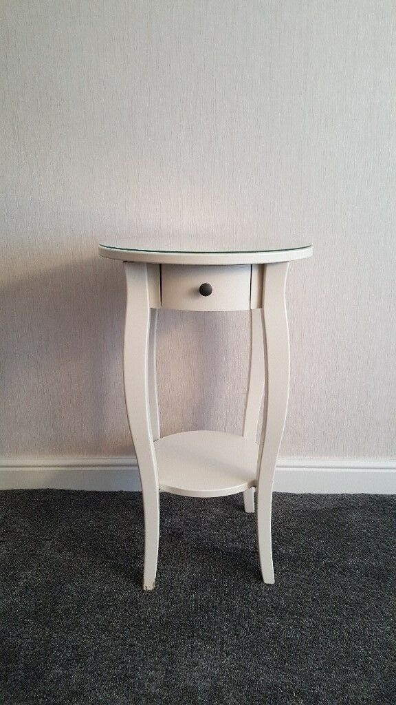 Ikea Hemnes Round Bedside Table With Drawer And Glass Top