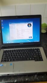 TOSHIBA LAPTOP INTEL CORE 2 2.0 2GB RAM 160GB HARDRIVE BUILT IN WEBCAM WIFI WINDOWS 7