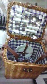 picnic basket as new,