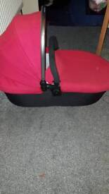 Candy strawberry carrycot