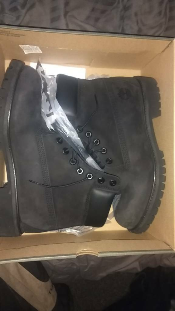 Mens Timberland 6in boots black 9.5