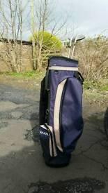 Max flight golf bag.