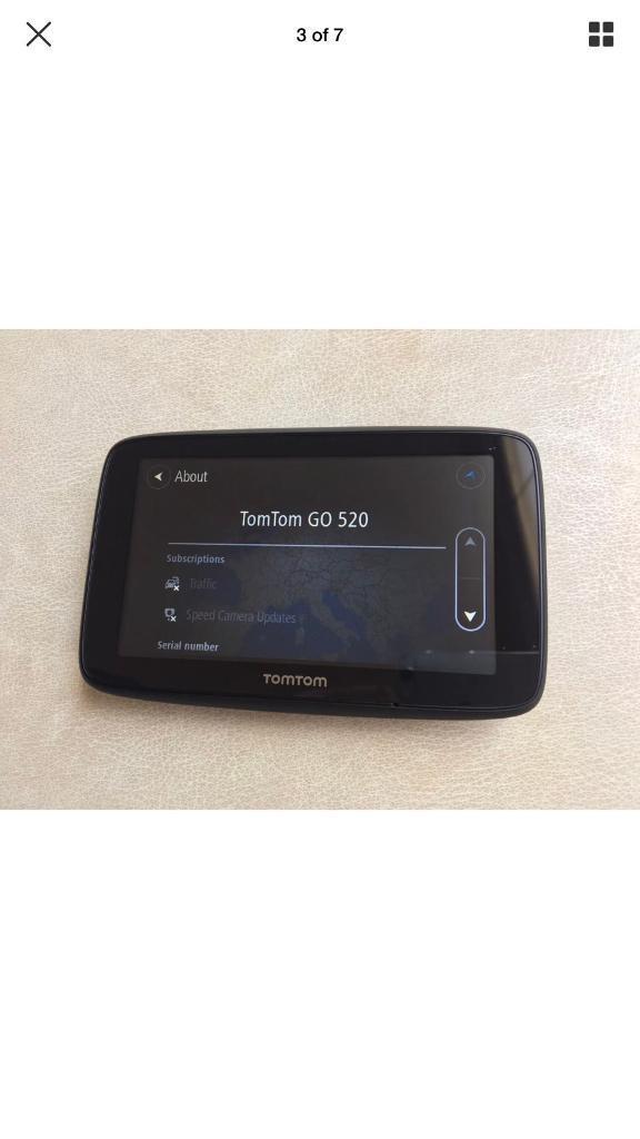 TomTom Go 520 GPS Speed Camera/Map updates WiFi | in Oval, London | Gumtree