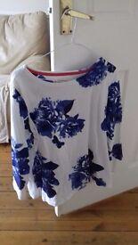 Blue flower patterned top