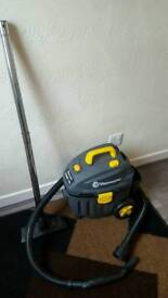 Vaxmaster wet and dry hoover