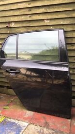 Vw golf mk6 offside rear door (black)