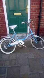 Ladies or men bike 3 speed fold up ex connection gwo ride away super buy
