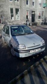 2001 Silver Clio Grande RN
